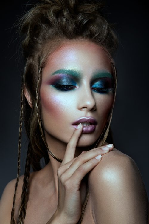 beautiful-model-with-colorized-make-up-PD4YNTG